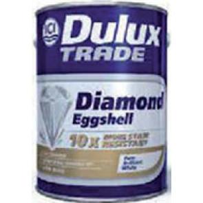 Dulux Diamond Eggshell 2,5L - interiérová polomatná barva s univerzálním použitím